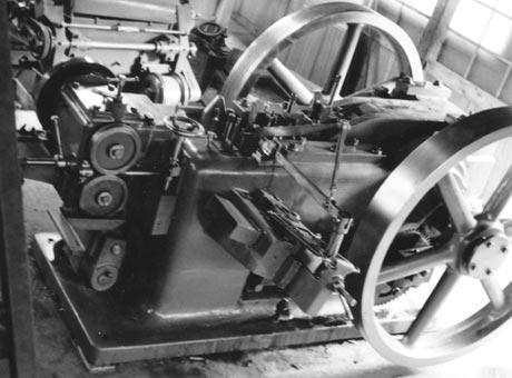 1947年コールドヘッダー